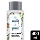 Love Beauty & Planet Kokosnootwater en mimosa bloem conditioner