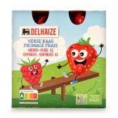 Delhaize Verse kaas met aardbeien en frambozen voor kinderen
