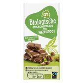 Albert Heijn Organic milk chocolate tablet with hazelnut